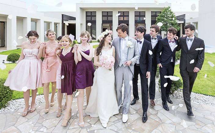 実際の結婚式を体感できるフェアはこちら